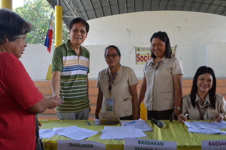 LGU Villasis launches Livelihood Assistance to Small-Scale